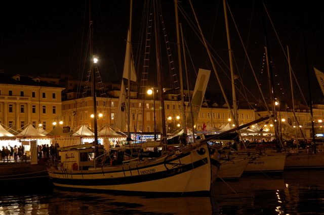 """il trabaccolo """"Isola d'Oro"""" alla Barcolana di Trieste del 2009"""